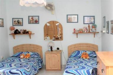 マルタの人気語学学校English Language Academyのホームステイ先ベッドルーム例