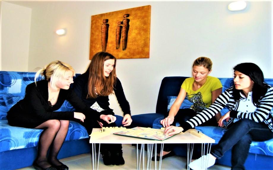 マルタの人気語学学校linguatimeの学生用シェアアパートメント