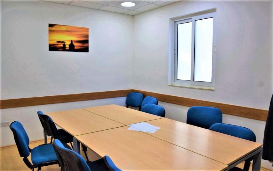 マルタの人気語学学校linguatimeの教室