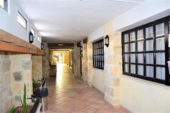 マルタの寮・ジム一体型語学学校Clubclass Maltaの入り口