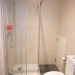 EC Malta校アパートメント-シャワールーム例
