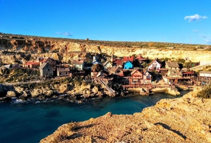 マルタ留学中に一度は訪れたいポパイ村の一望
