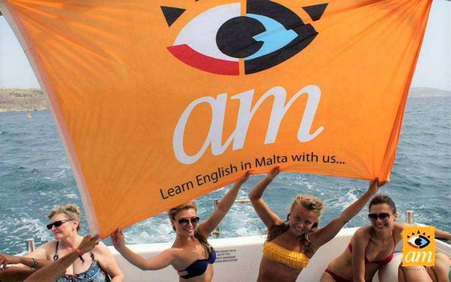 マルタの人気語学学校AM Language Studioのアクティビティの様子