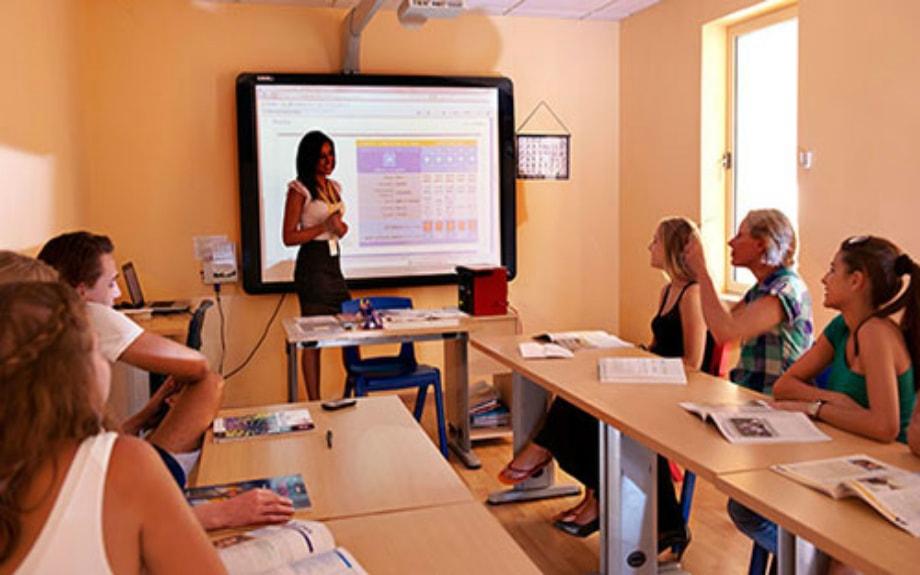 マルタの人気語学学校AM Language Studioのレッスンの様子