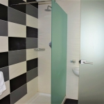 マルタ留学-IELS-Day's Innレジデンスホテルタイプシャワールーム例