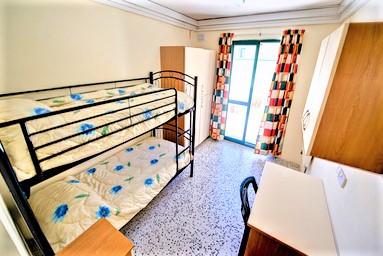 マルタ留学人気校マルタ大学付属語学学校のTownhouse Apartment