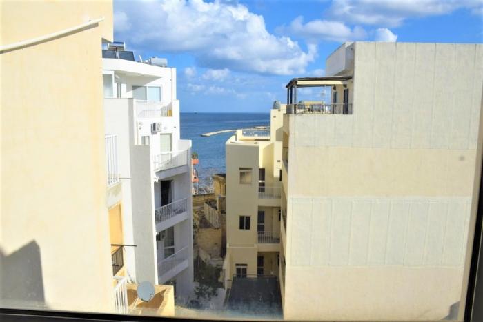 マルタ留学の学生寮からの眺め