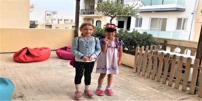 マルタ親子留学体験の様子GV Malta校屋上テラスにて