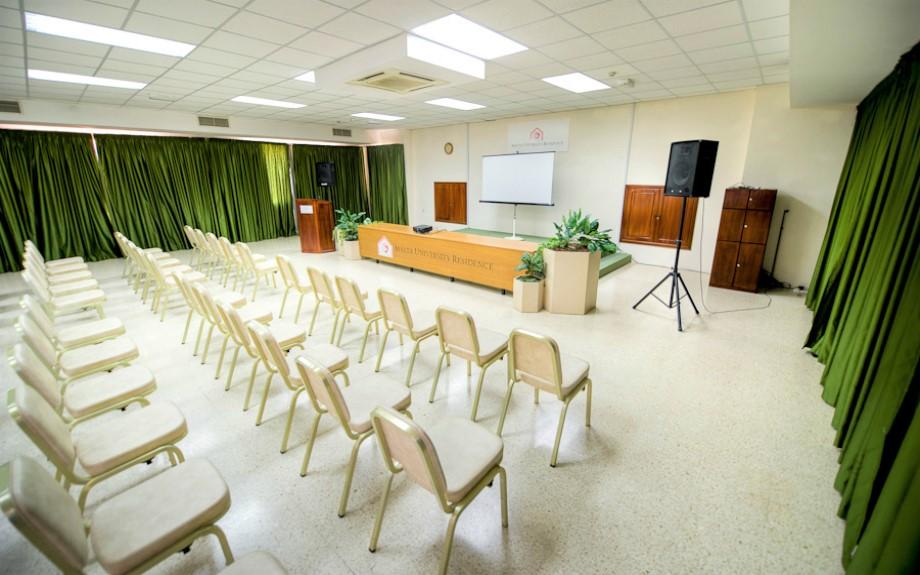 マルタ大学付属語学学校Malta University Language Schoolのオリエンテーションルーム