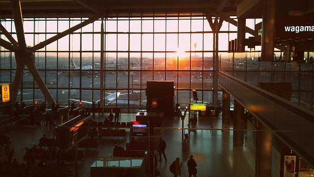 マルタ留学-コロナウィルスの影響により閑散とする空港の様子