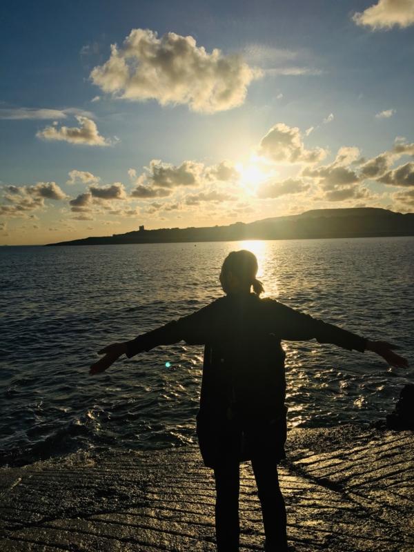 マルタ長期親子留学中に住んでいた自宅前の海