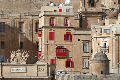 マルタ親子留学中によく訪れた首都Vallettaの街並み