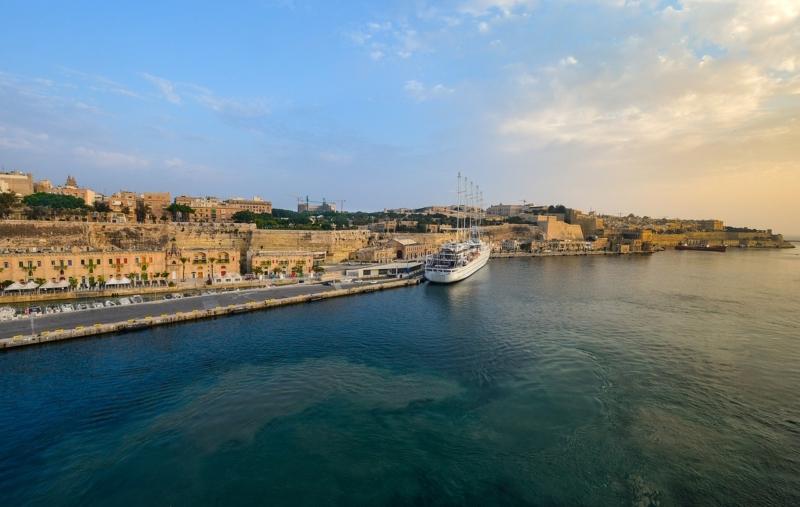 マルタ親子留学中によく訪れた首都VallettaのWaterfrontの風景