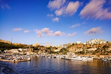 マルタの美しい港町