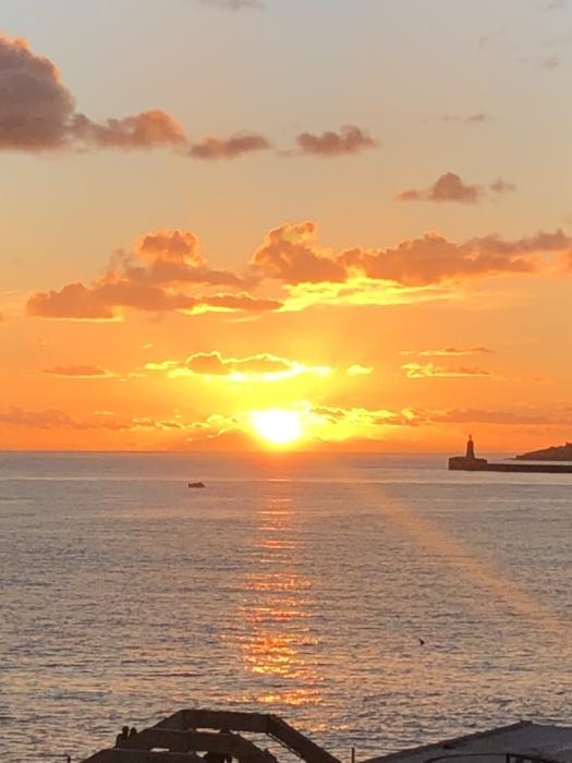 マルタ親子留学中に撮影した夕日